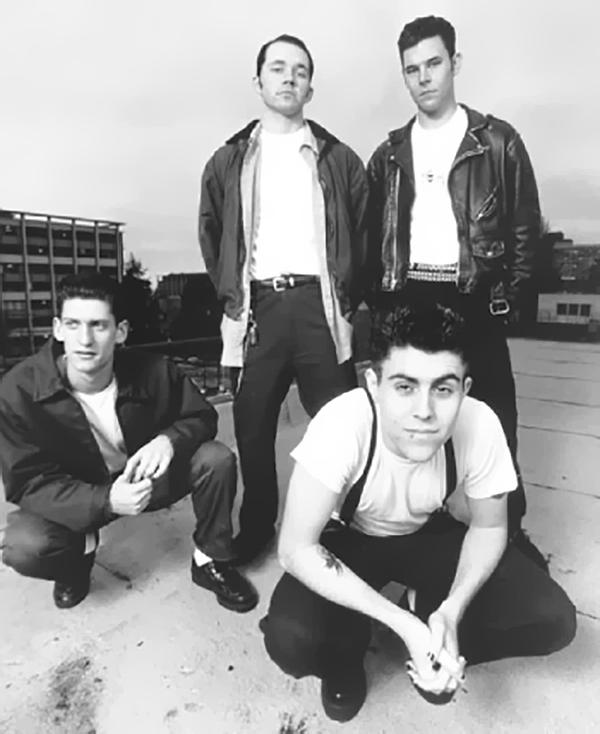 AFI: Una de sus primeras imágenes promocionales para Nitro Records.